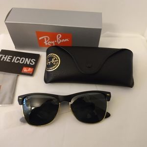 Ray-Ban Oversized Clubmaster